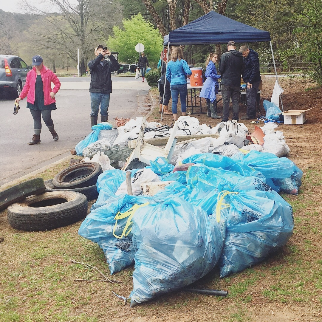 TSW TSW-TrashCollected Sweep the Hooch Volunteering Giving Back  Sweep the Hooch #sweep18 #keepitcleanin2018 #CRK Giving Back TSW   TSW